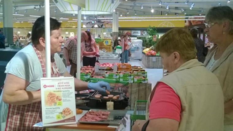 Ochutnávka MÚÚÚčkových dobrůtek v Globusu Ústí nad Labem